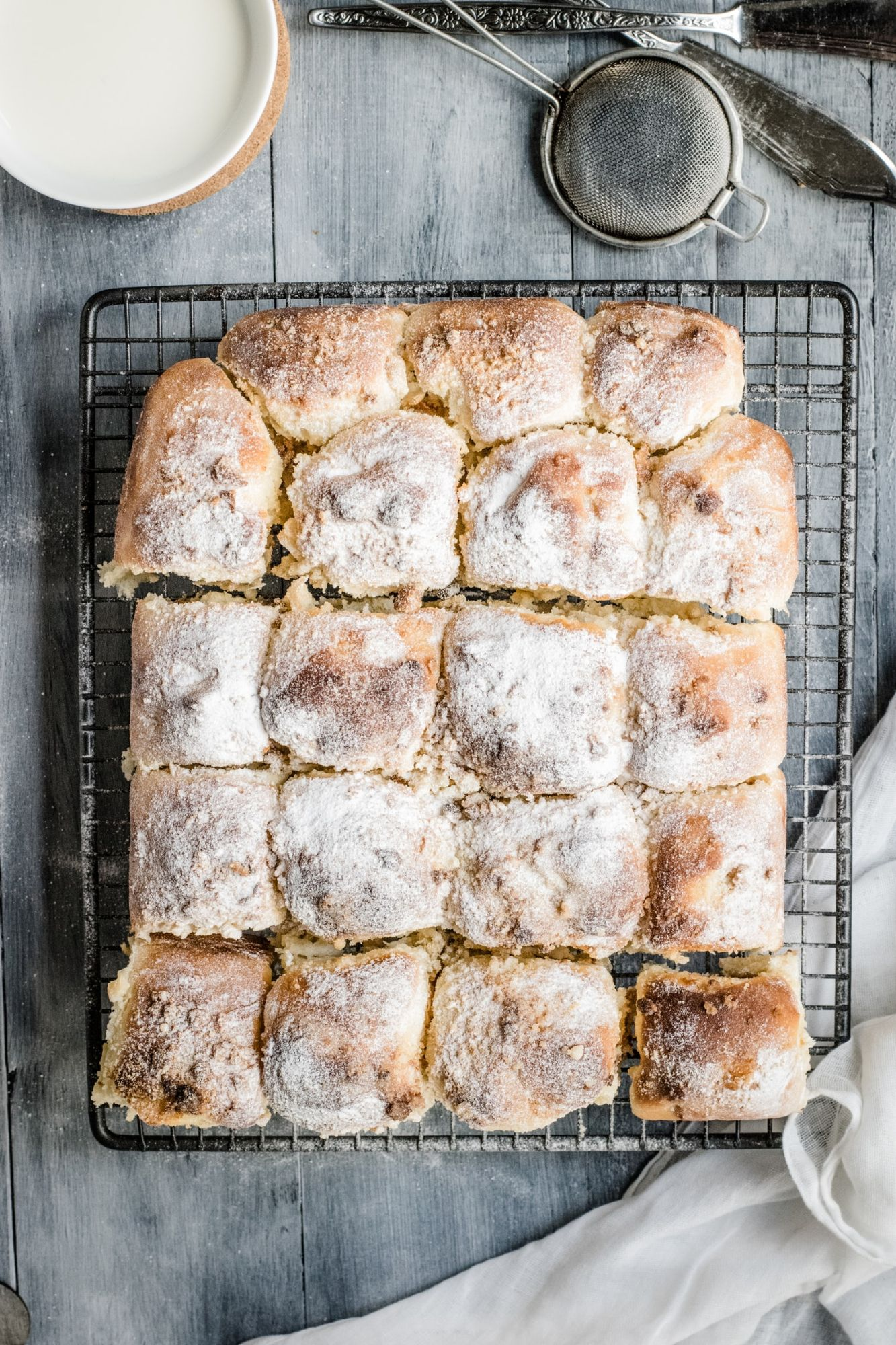 Tear and Share Bread  Rolls