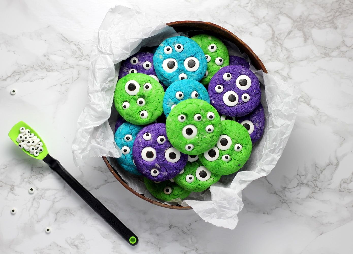 Eyeball biscuits