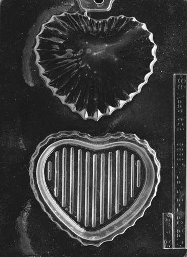 Medium Heart Pour Box Chocolate Mould