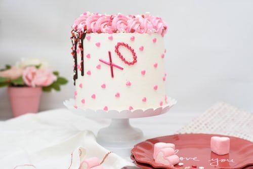 Romantic Iced Cake