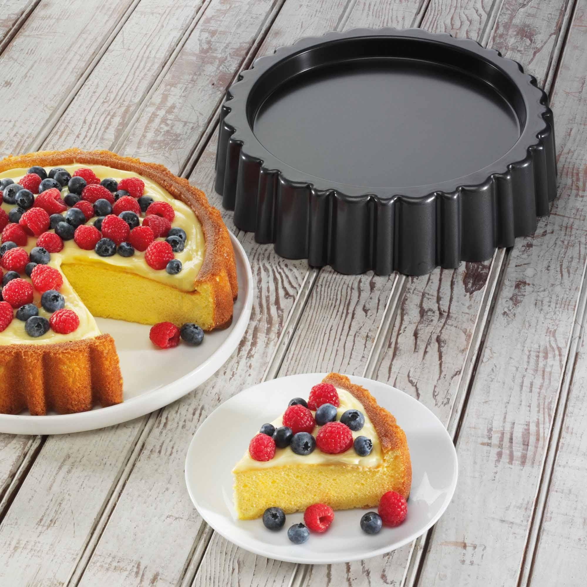 Mary Ann cake with cake pan