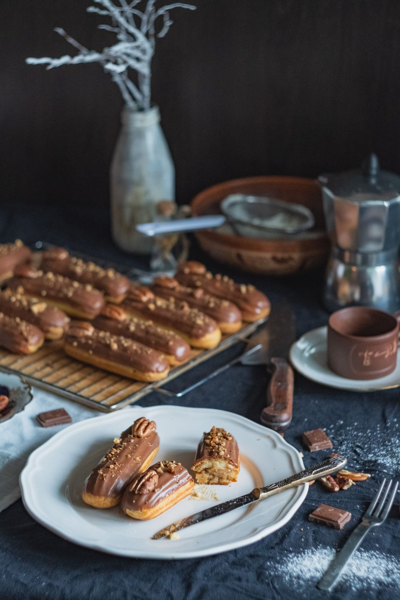 Coffee and Walnut Eclair Recipe