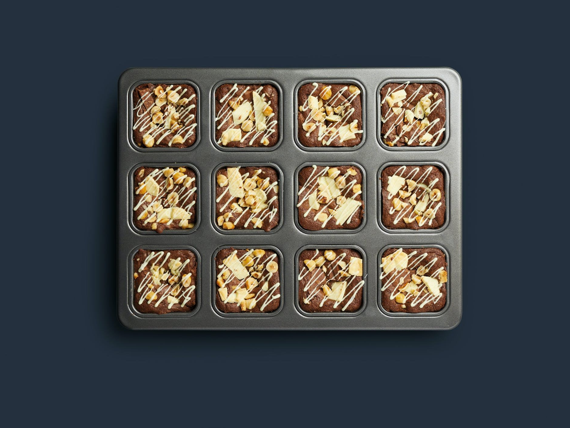 Discover the MasterClass Brownie Pan