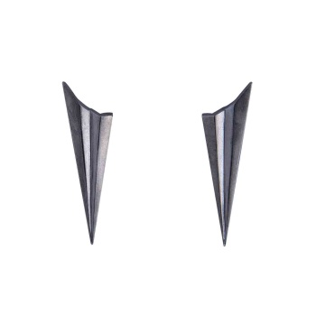 Pleated Black Long Studs