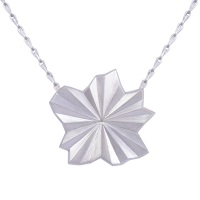 <!-- 017 -->Pleated Silver Star Necklace