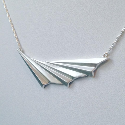 Pleated Wave Necklace