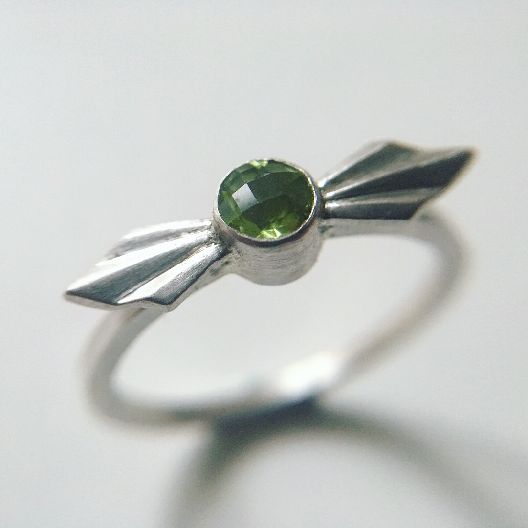 Pleated Bow Ring with Checkerboard Peridot by Alice Barnes