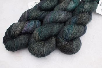Death ~ 4ply & sock