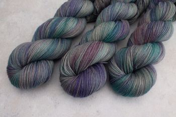Dragon Scales ~ 4ply & Sock