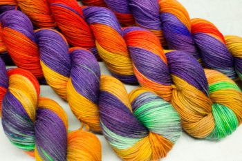 Starfire - Self striping sock