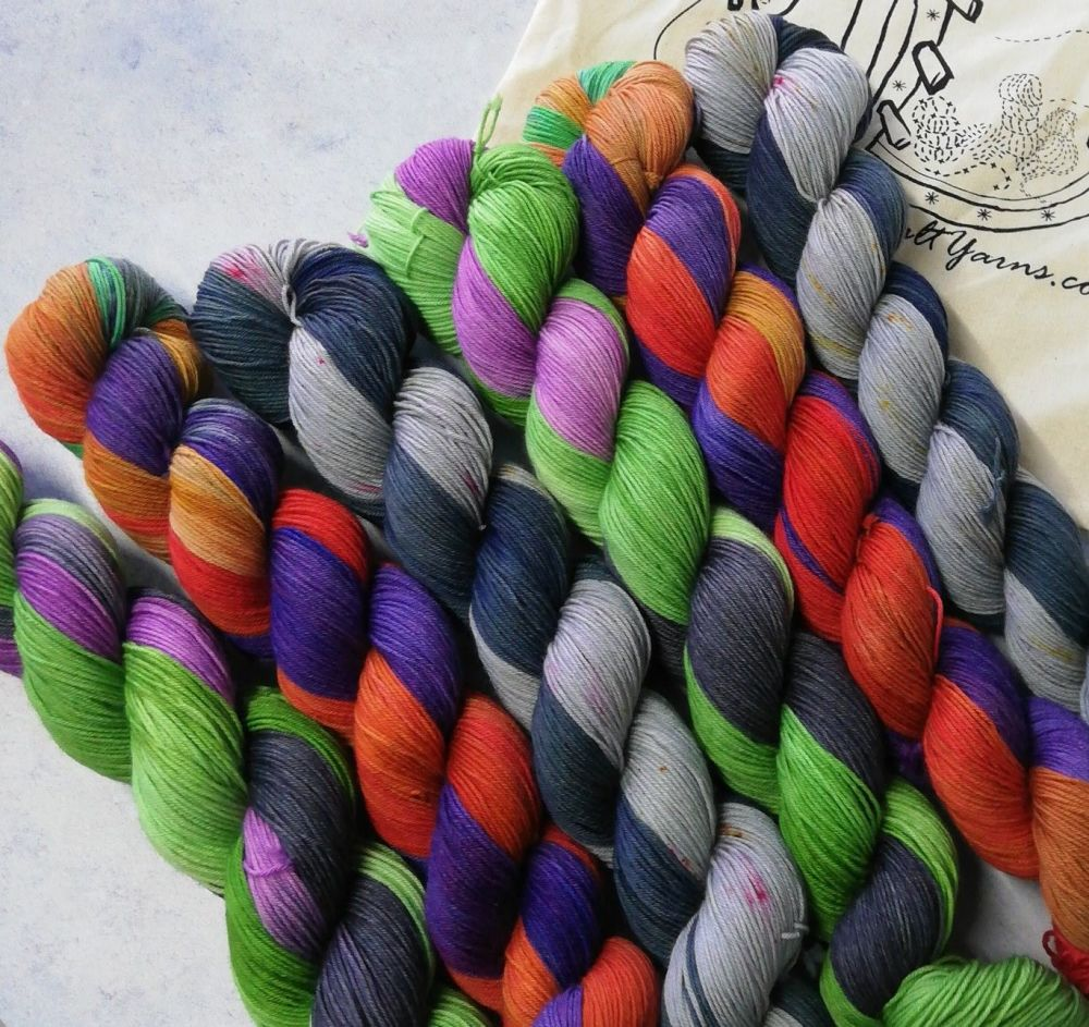 Raven & Beast Boy - Dyed to Order - Self Striping Sock
