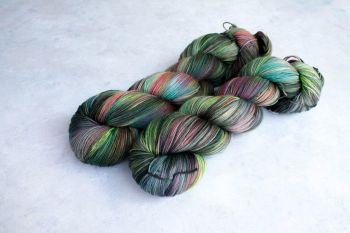 The Descent ~ 4ply Sock