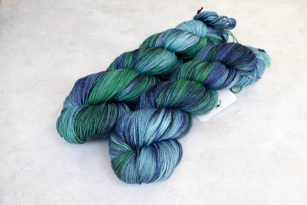 Lake Silence - 4ply & sock