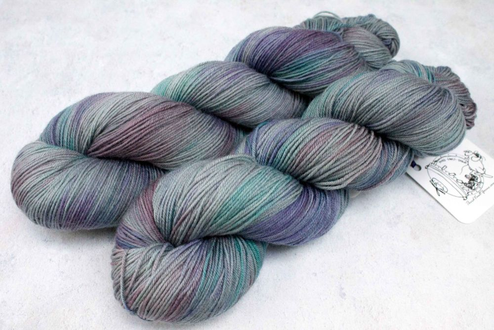 Dragon Scales ~ 4ply/sock