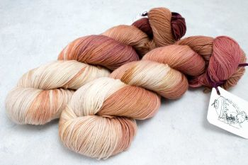 Mal ~ 4ply- Worsted
