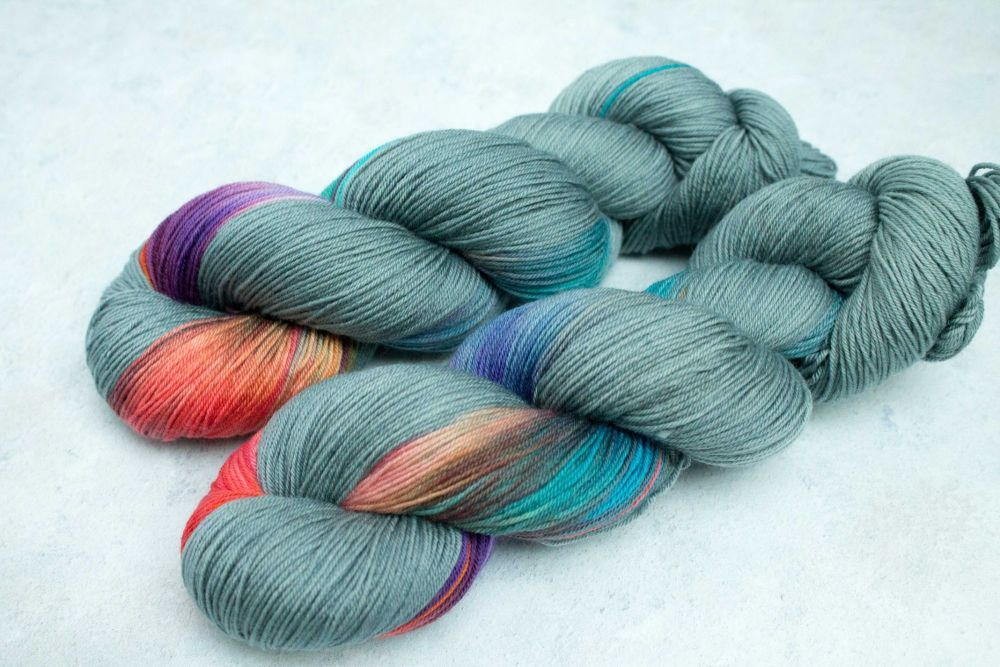 Biotics ~ 4ply & sock