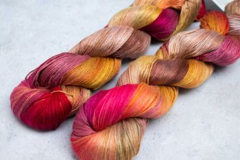 Saffron and Hibiscus ~ Kaguya 4ply