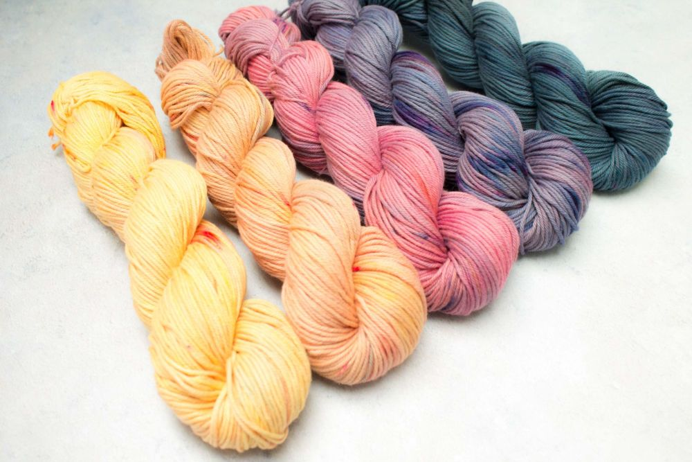 Light before the dark ~ Worsted Cotton gradient set