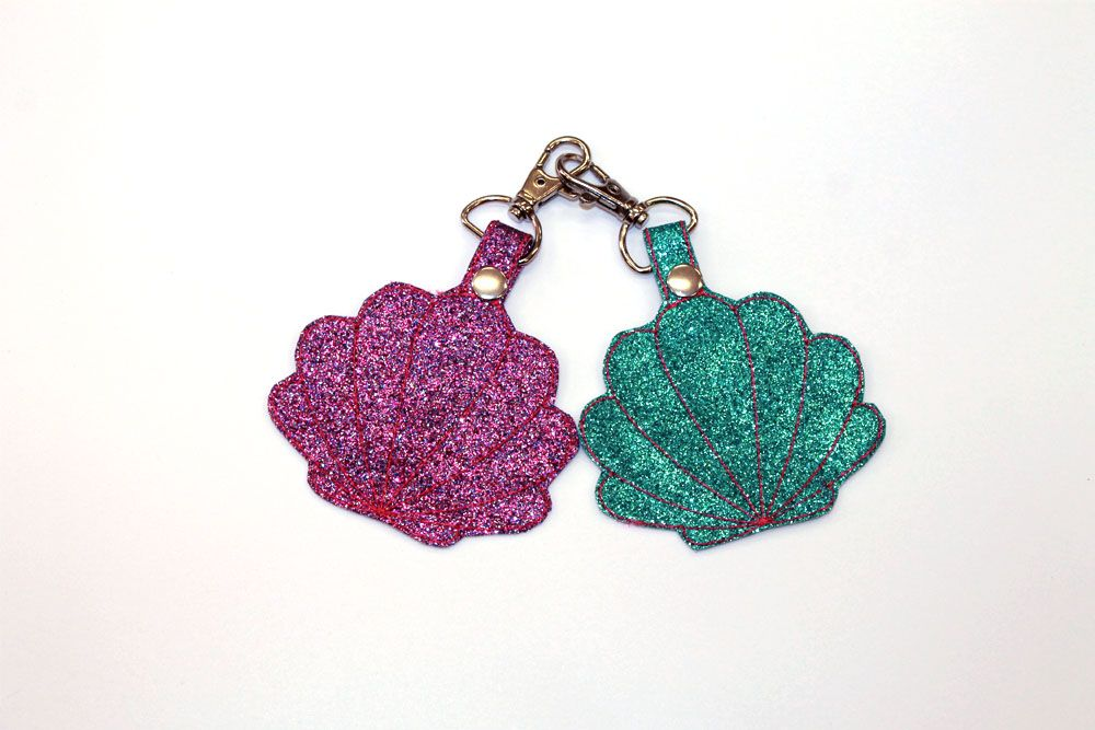 Glitter Seashells Bag Charm