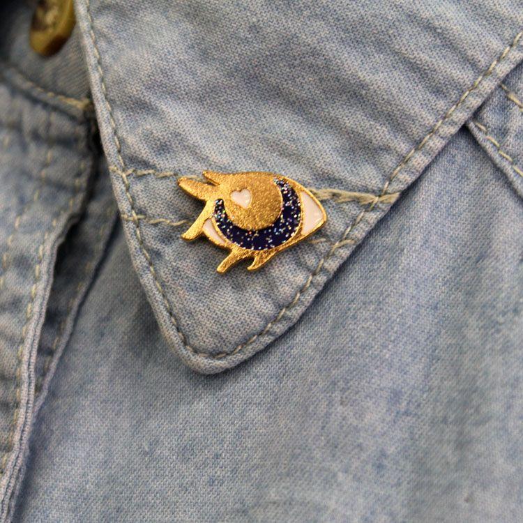 Blue Glitter Eye Enamel Pin