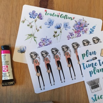 Journaling with an inkDori Traveler's Notebook | Grace & Salt ink | journaling stickers, brush pens, washi tape journaling inserts