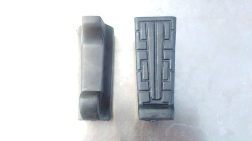 Front Footrest Rubbers for Yamaha  YBR 125 from 2005- 2014