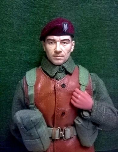 Banjoman 1:6 Scale Custom Made Beret - S.A.S. Maroon With Patch
