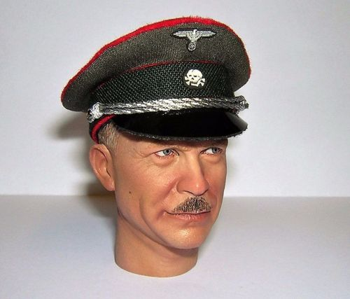 Banjoman custom made 1/6th Scale WW2 German Waffen SS Artillery Officer's V