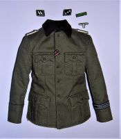 DID WW2 1/6th Scale German Officer's Tunic With Insignia.