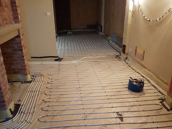 Kitchen uderfloor heating