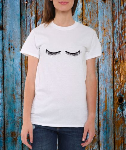 Lashes T-shirt