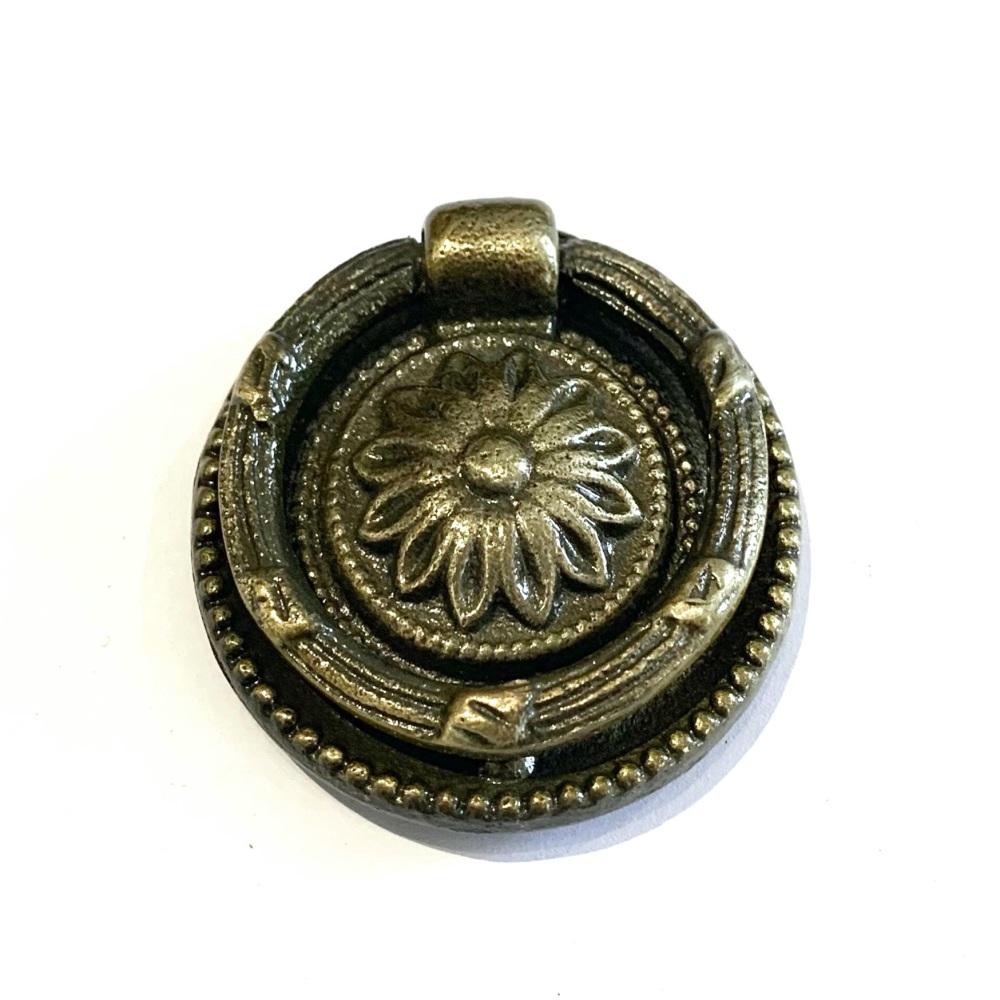 Knobs - Vintage Ring Pull