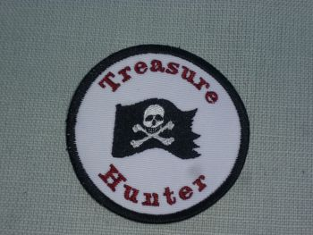 Patch - TREASURE HUNTER. Embroidered sew-on patch