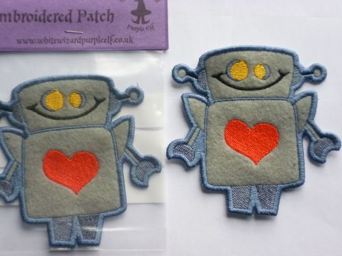 Patch - ROBOT. Embroidered sew-on patch