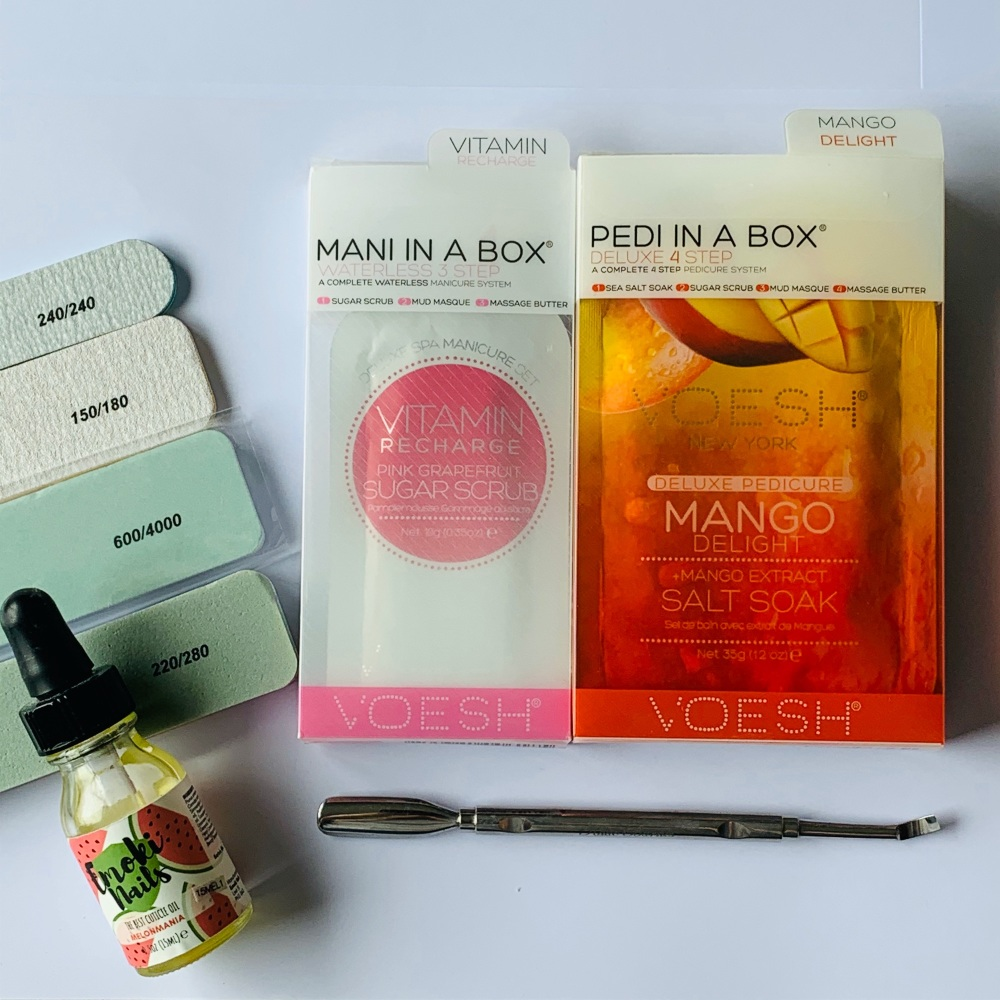 Manicure & Pedicure at home kit