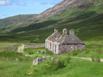 WEST HIGHLAND WAY PREMIUM HOLIDAY 4 (7 Days 7 Nights)