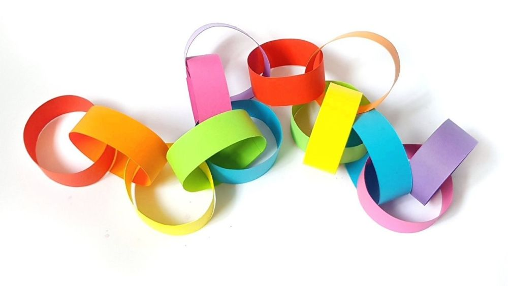 Rainbow Paper Chain from LIFE is better in COLOUR