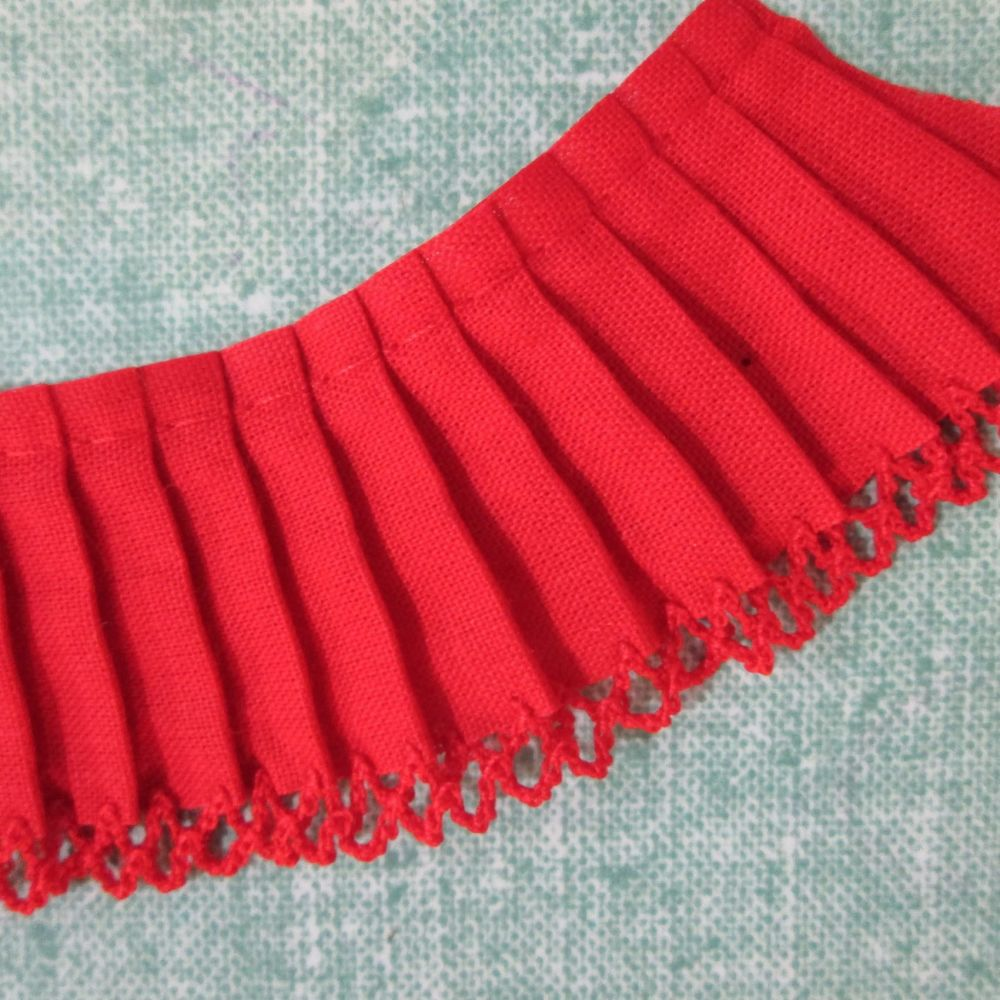 Frill- Red
