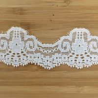 Stretch Lace - cream curved
