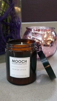 MOOCH CANDLE - WINTER SPICE/HYGGE