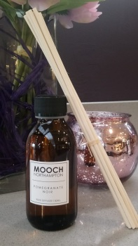 MOOCH ROOM DIFFUSER 100ML - POMEGRANATE NOIR