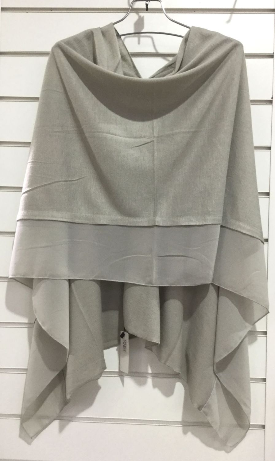SILVER - LIGHTWEIGHT PONCHO