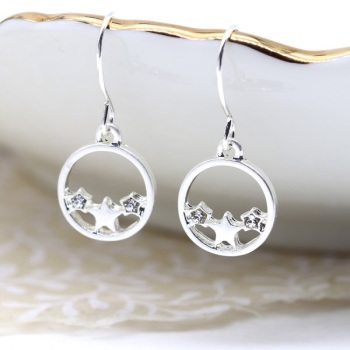 EARRINGS - WORN SILVER STARS IN CIRCLE (03233)