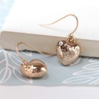 EARRINGS - ROSE GOLD PLATED HAMMERED HEART DROP EARRINGS 03114