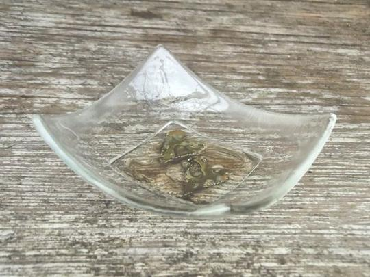 HAND CRAFTED LITTLE GLASS DISH -  DOUBLE HEART