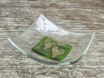 HAND CRAFTED GLASS DISH -  GREEN DOUBLE HEART