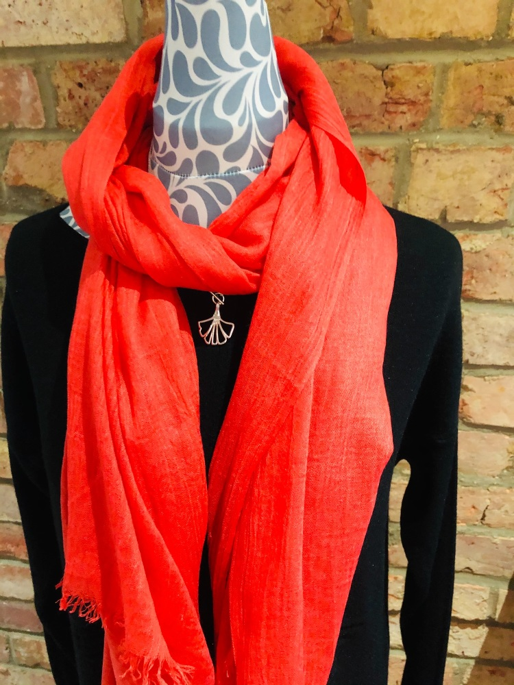 SCARF CORAL 51324