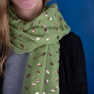 SCARF PISTACHIO GREEN WITH ROSE GOLD OAK LEAF PRINT (51359)