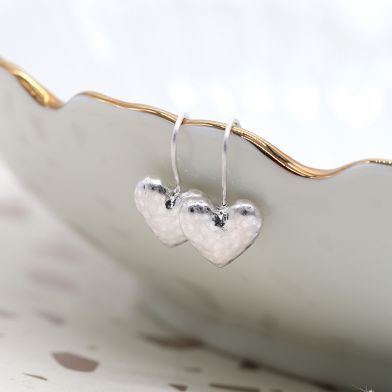 EARRINGS - SILVER PLATED HAMMERED HEART ON HOOK (03188)