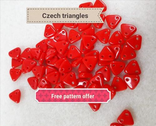 Vibrant red Czech Triangular beads 7g